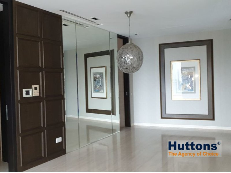 condominium for sale 3 bedrooms 238595 d09 sgla60335563