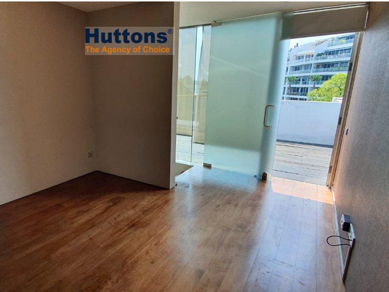 bungalow house for sale 4 bedrooms 098246 d04 sgla98214058