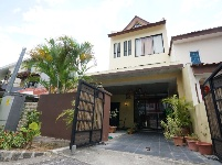 terrace house for sale 5 bedrooms 799051 d28 sgla02693457