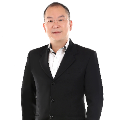 Real Estate Negotiator Peter Ng