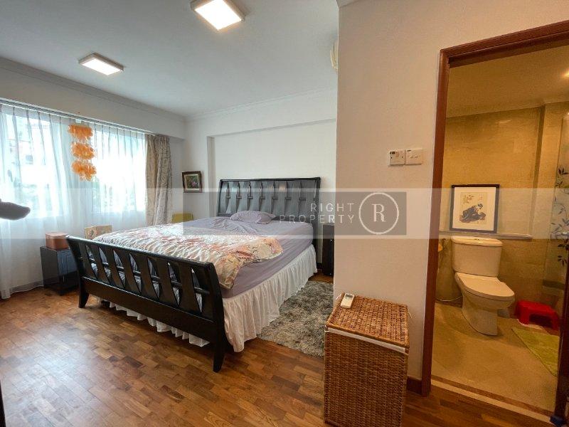 condominium for sale 3 bedrooms 069415 d01 sgla48757861