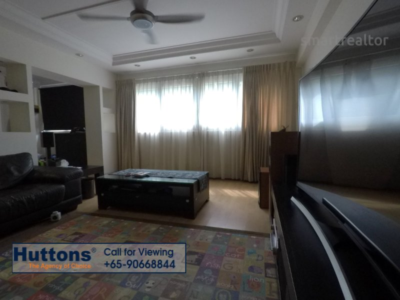5 room hdb flat for sale 3 bedrooms 520134 d18 sgla95218614