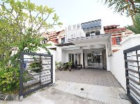 terrace house for sale 6 bedrooms 307989 d11 sgla07532848