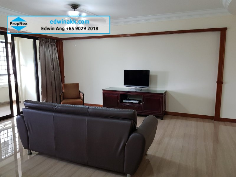 5 room hdb flat for sale 3 bedrooms 652291 d23 sgla73852769