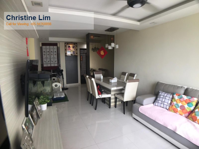 Checkout this property, 360 Virtual for 360 Virtual Tour for 4 room hdb flat for sale 3 bedrooms 753463 d27 sgla14981627#virtual-tour