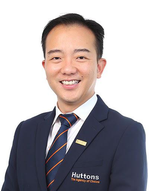 Christopher Tay